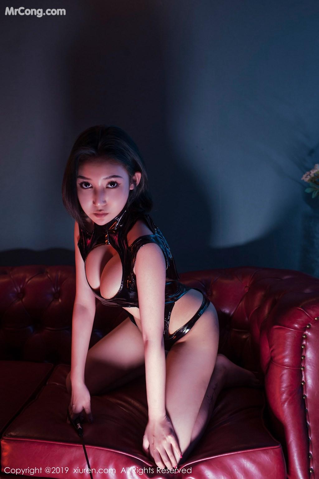 Image XIUREN-No.1374-Ju-Yin-MrCong.com-012 in post XIUREN No.1374: Ju Yin (姖尹) (46 ảnh)