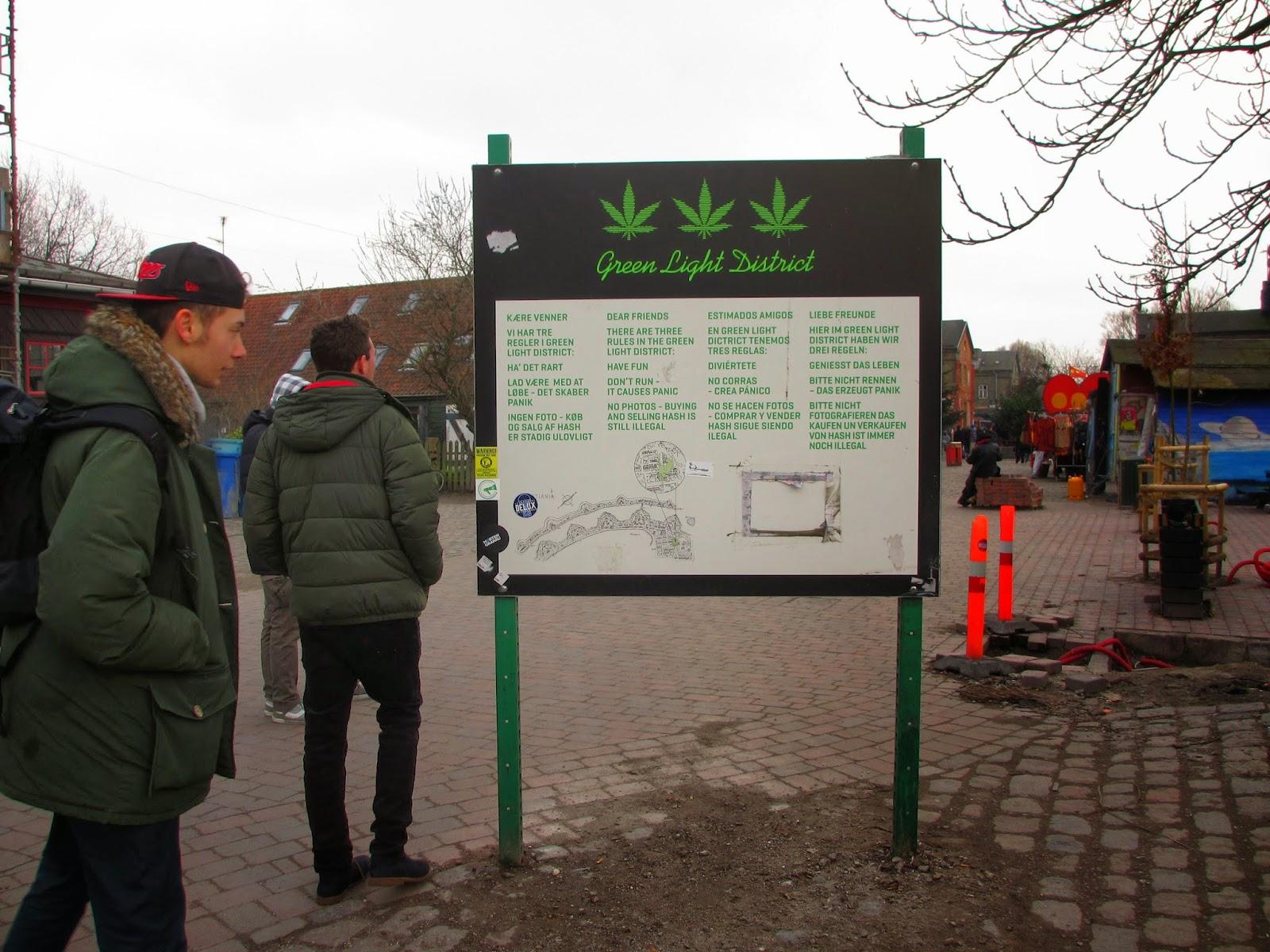 Ao som do reggae  em CHRISTIANIA, um bairro que é quase outra Copenhaga | Dinamarca