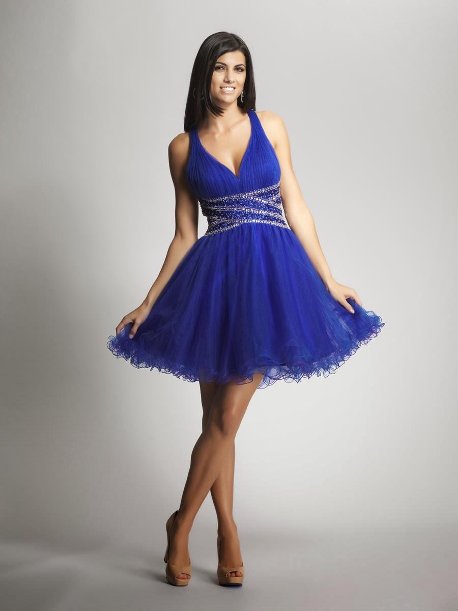 BEAUTY AND FASHION: SHORT ROYAL BLUE DRESS