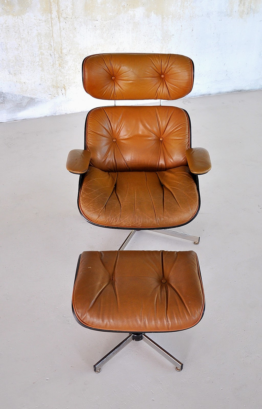SELECT MODERN Eames Leather Lounge Chair  Ottoman