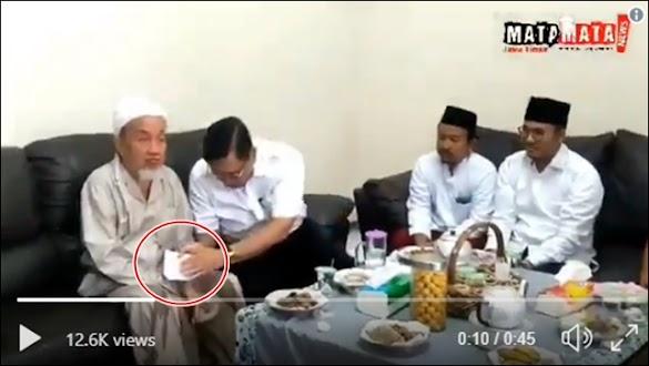 Ini Cara Jokowi Membeli Suara
