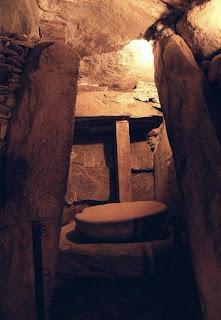 Blog 'lugares de memória' - Matéria sobre Newgrange