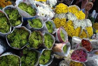 Wisata Belanja di Pasar Kembang Bandungan