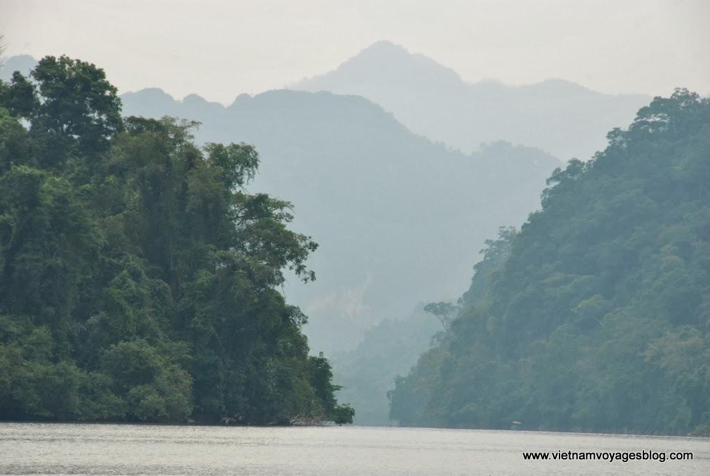 Phong cảnh Hồ Ba Bể, Bắc Kạn