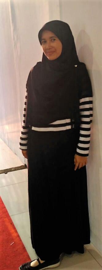Ibu Menyusui Tampil Gaya dan Nyaman dengan  Long Dress dari MOOIMOM