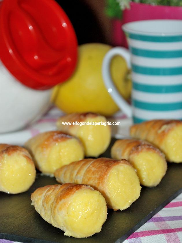 Caracolas de hojaldre rellenas crema pastelera