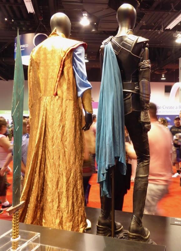 Thor Grandmaster Valkyrie costume back