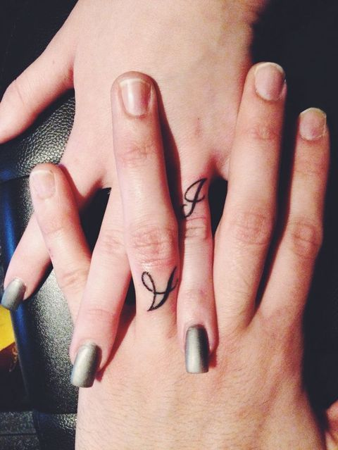 33 Super Sweet Wedding Ring Tattoos