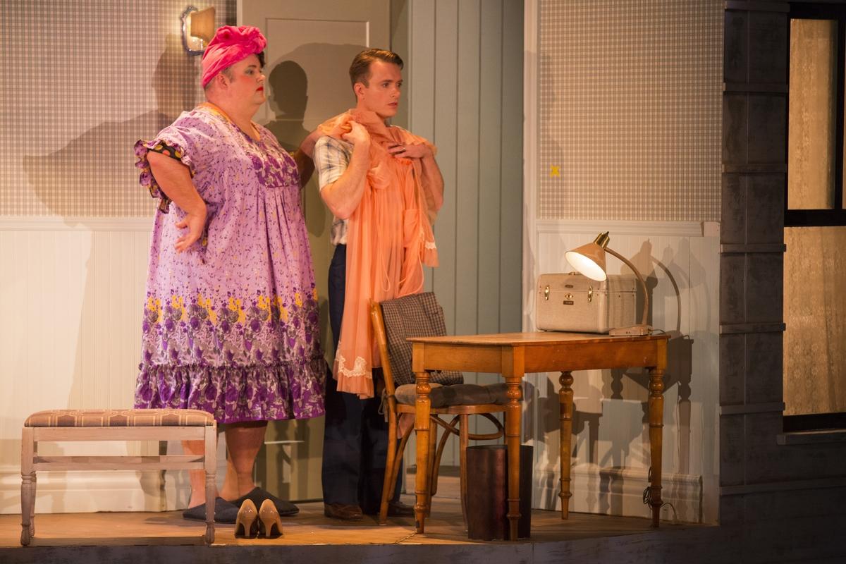 Grigware talks theatre the seventh annual eddon awards - Rivenditori casa valentina ...