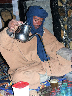 Tea serving%2Btuareg%2Bteymiel.com