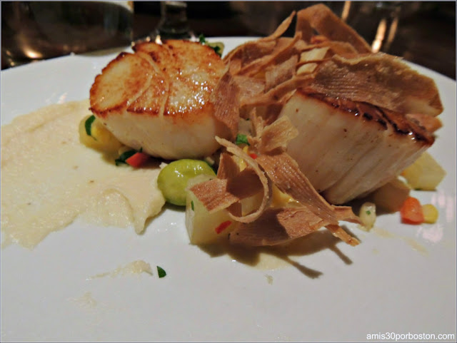 The Hourly Oyster House: Seared Scallops