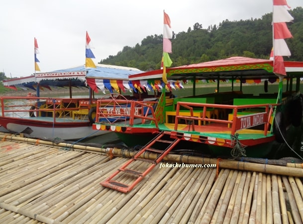 Perahu Mesin