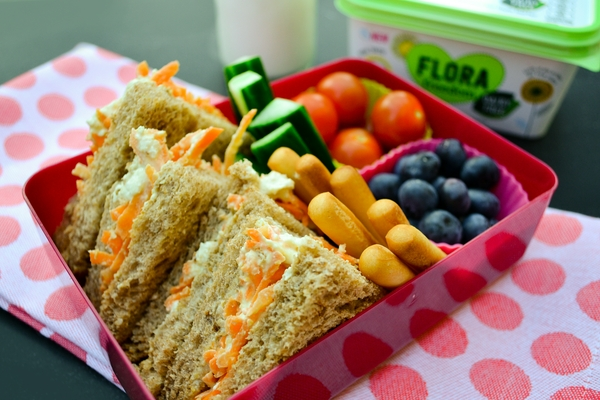 TUESDAY - vegan kids lunch box