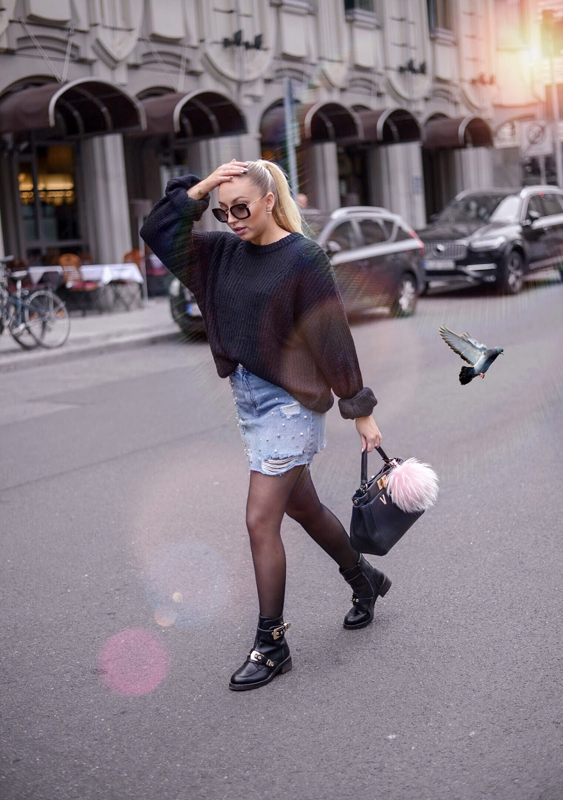 denim skirt for fall_denim skirt looks_denim skirt outfits_fall streetstyle inspiration_black chunky knit sweater