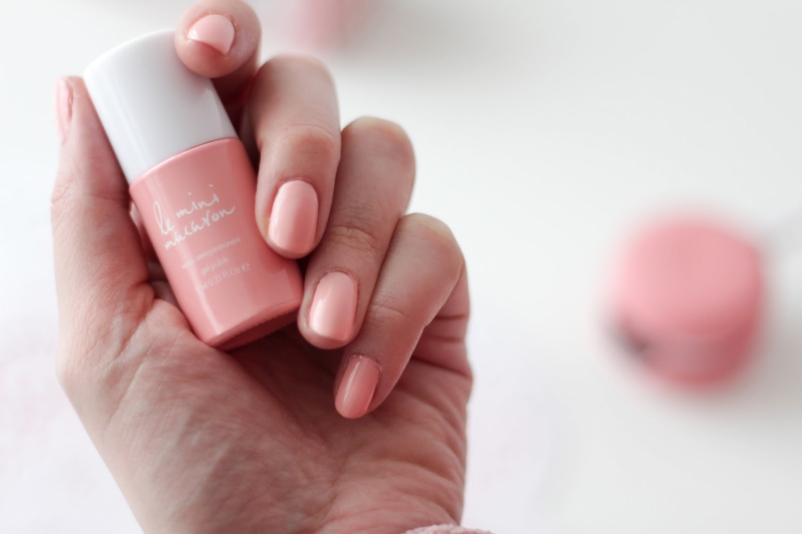Le mini macaron: la manicure gel facile e prêt-a-porter!
