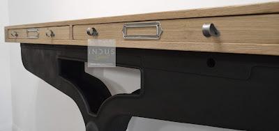 Console industrielle avec tiroir