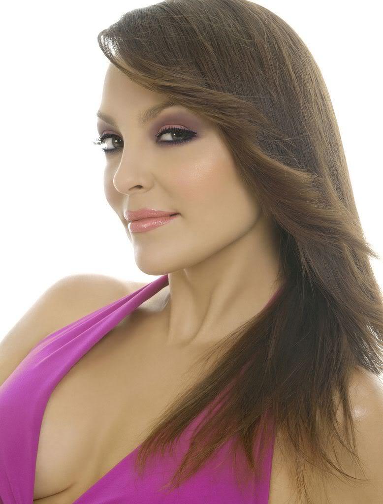 Carolina Gomez Nude Photos 4
