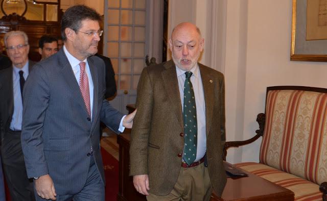 El ministro de Justicia y el Fiscal General del estado momentos previos al II Encuentro Cumplen