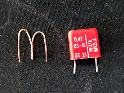Puntea și condensatorul necesare calibrării