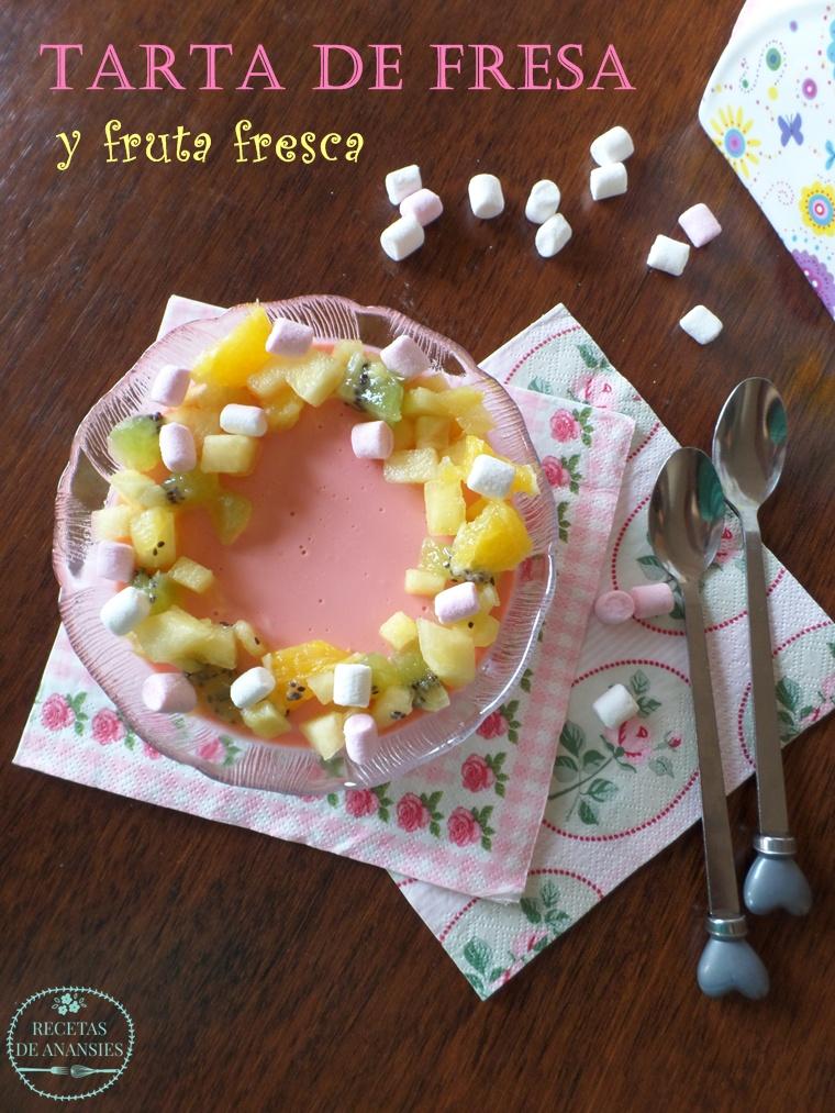 Tarta de fresa con fruta fresca