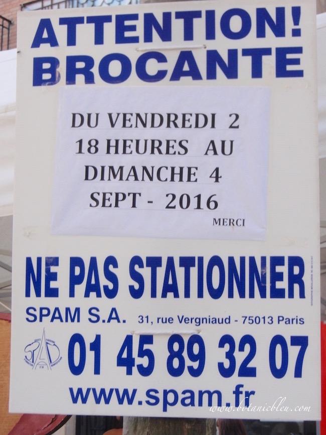 paris-street-sign-brocante-no-parking