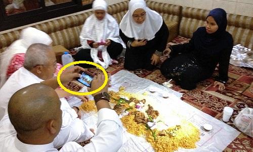 Ulama Saudi Larang Pamer Makanan Buka Puasa