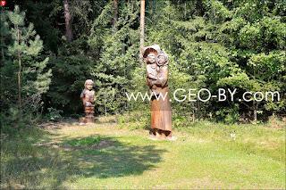 Скульптурная композиция ''Раніца ў нядзельку''