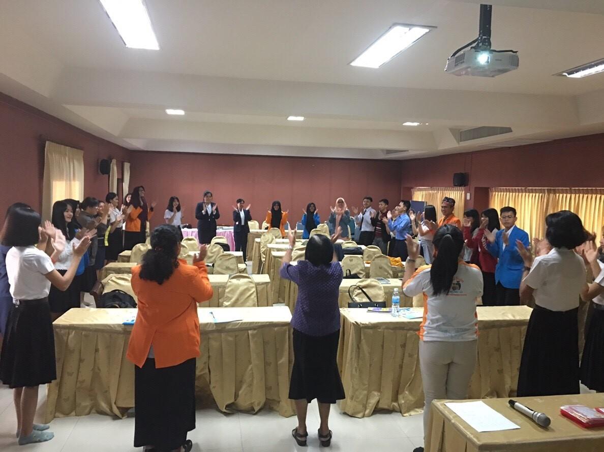 Welcoming Ceremony In Udon Thani Rajabhat University Neti Kusumawati