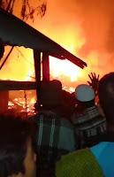 Kebakaran Hebat Terjadi di Desa Renda Puluhan Rumah Ludes