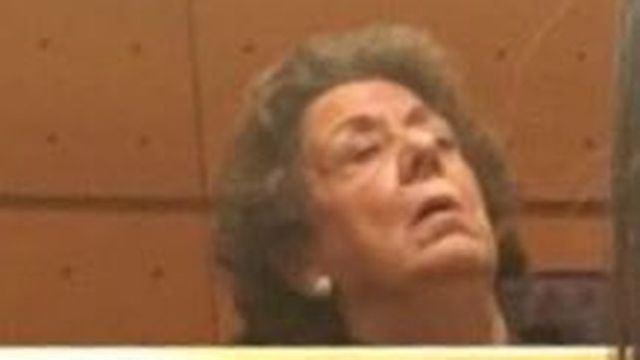 Rita Barberá se estrena en el Grupo Mixto del Senado durmiendo