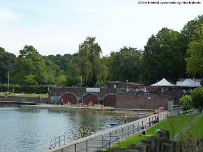 FREIBAD im Stadtpark - Baden in Hamburg