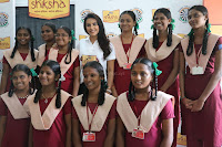 Actress Priya Anand in T Shirt with Students of Shiksha Movement Events 14.jpg