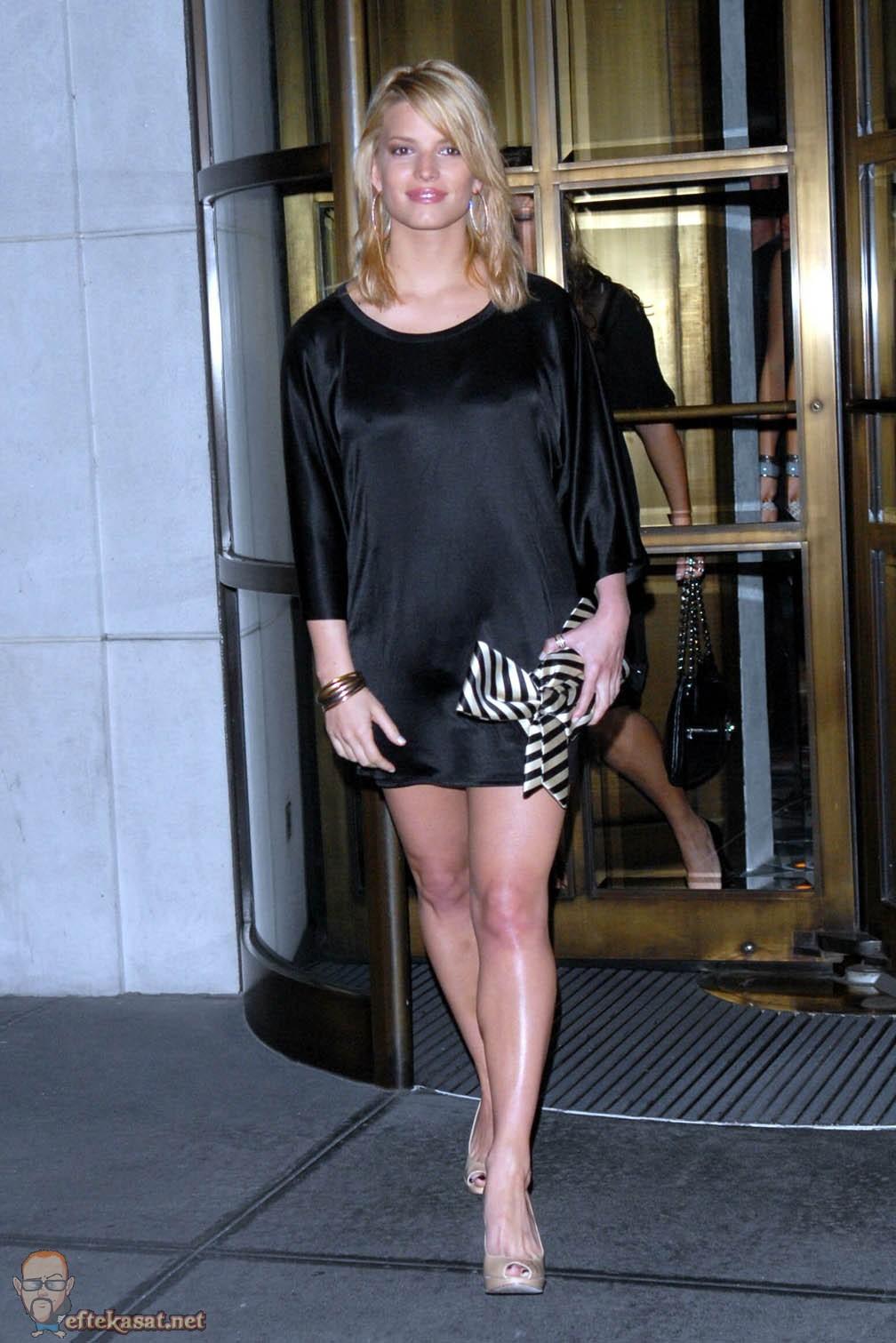 Jessica Simpson Jessica Simpson Legs