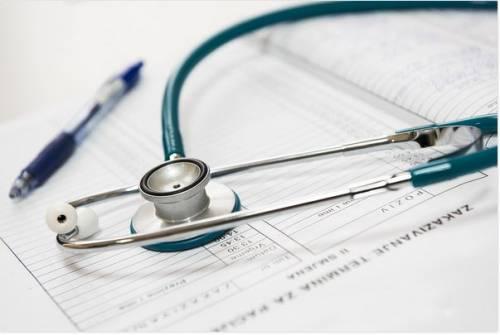 Abusos dos planos de saúde: veja como agir