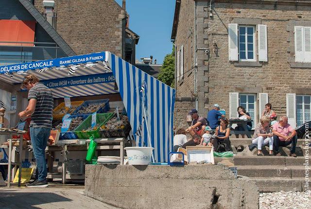 Mercado de las Ostras Cancale Francia viaje turismo