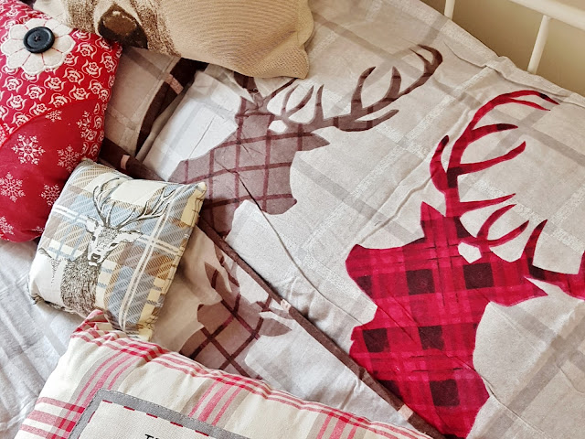 stag print bedding