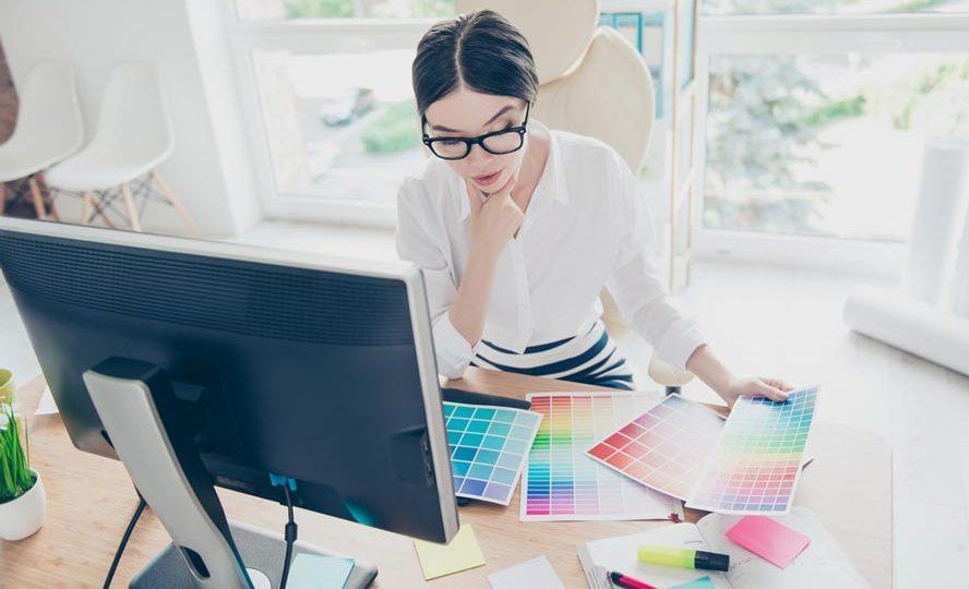 Memilih Desainer Grafis Freelance