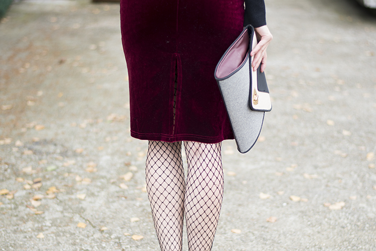 Wine Red Spaghetti Straps Velvet Dress Fishnet Stockings