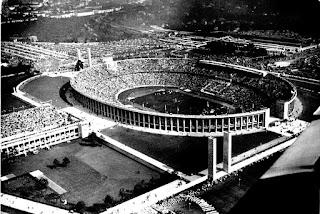 Vista aérea del magnífico Olympiastadion de Berlín.