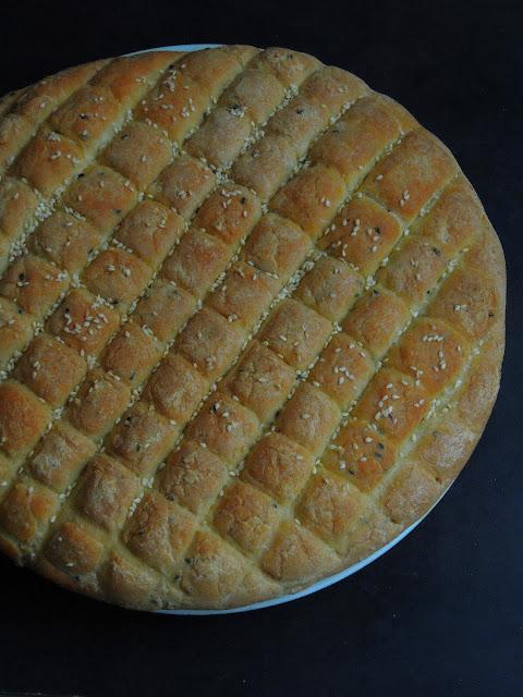 Khobz Mzaweq, Moroccan Decorated Bread