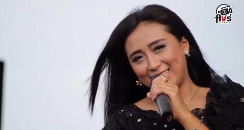 Adella Lagu - SAlam RIndu - Koplo Yuni Ayunda