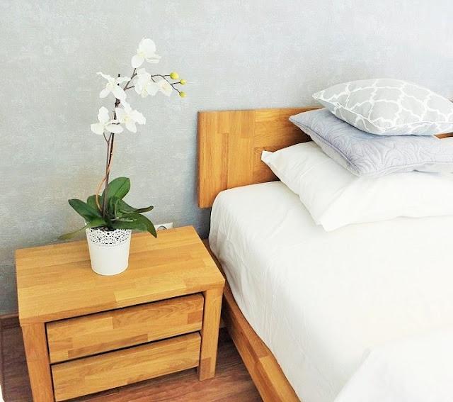 meble drewniane sypialnia