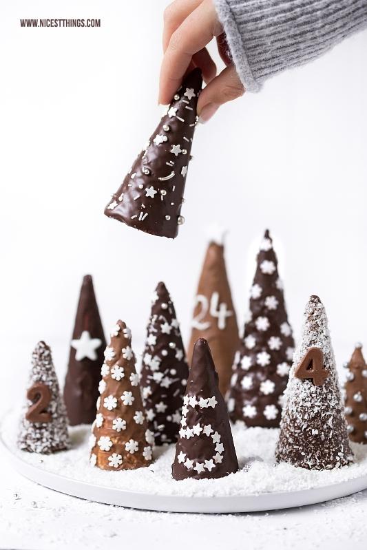 DIY Adventskalender Eiswaffel Bäume Winterwald aus Eistüten und Schokolade