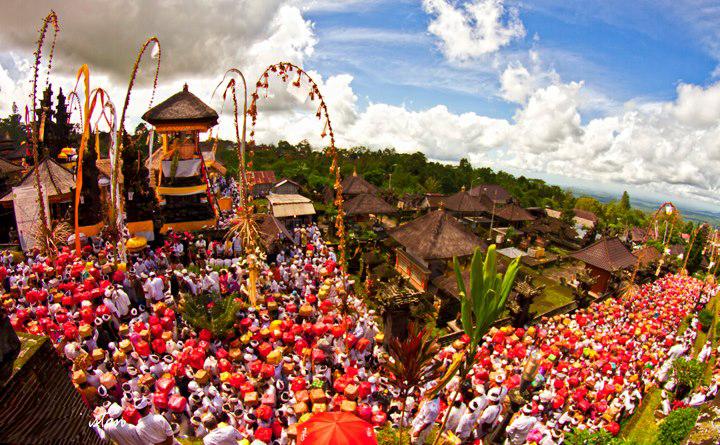 Sejarah Pura Besakih Di Kabupaten Karangasem Hindu Bersuara