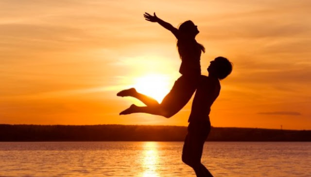 Tujuh Perkara Berikut Bisa Bikin Cewek Rindu Setengah Mati Sama Kamu