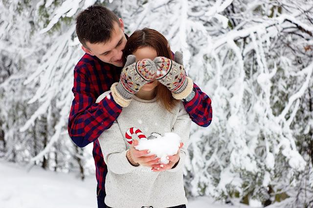 Imagen pareja en navidad de uso libre descarga gratis