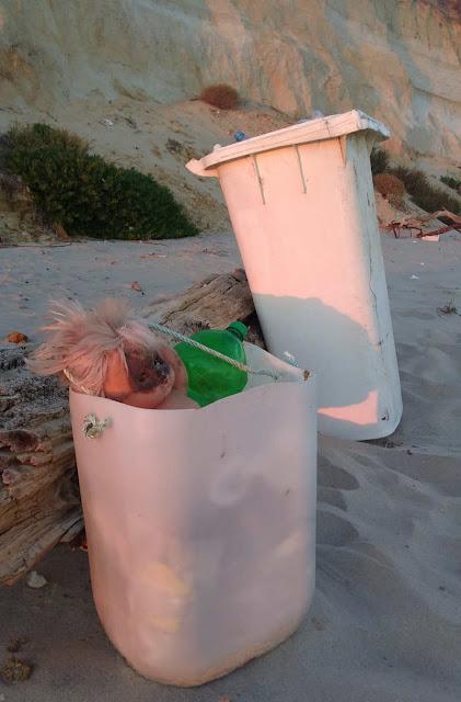 Contenedor de basura reciclado