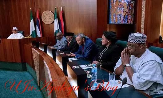 PHOTOS: Buhari Meets Supreme Court Judges, Calls For Decongestion Of Prisons.