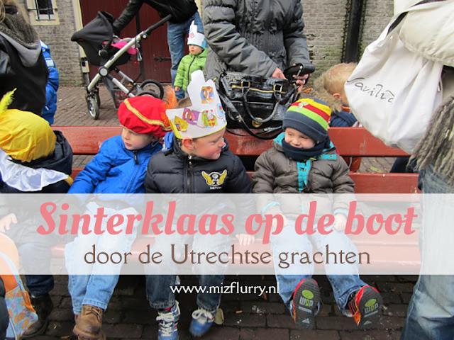 Verslagje van een uitstapje in Utrecht waarbij we een rondje in een rondvaartboot deden met Sinterklaas en wat Pieten.