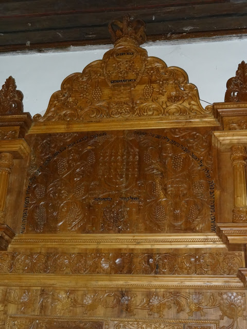 A close shot of the Hekal of the Paravur synagogue